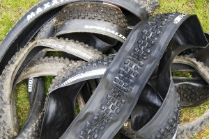 tyre_pile